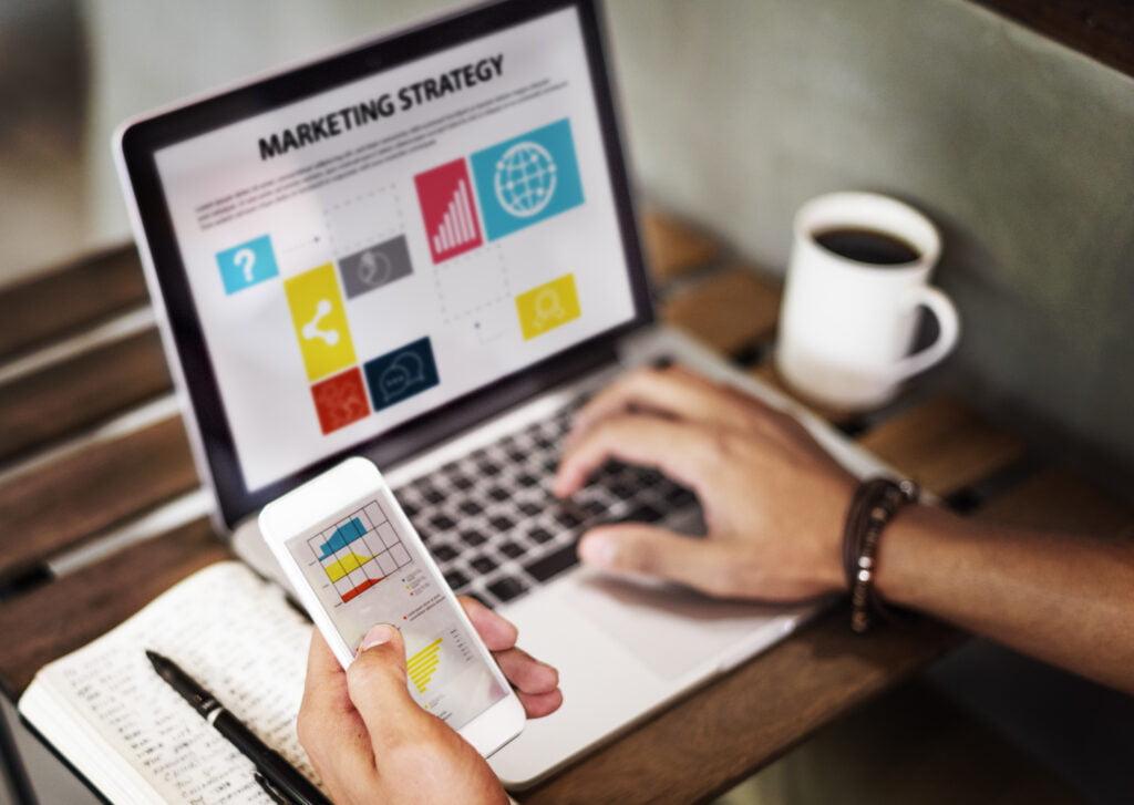 steele media web design